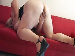 Mature BBW with huge tits masturbates tube porn video