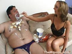 Fantastic  Kelly Wells Goes Hardcore With A Guy Who Has Food Fetish tube porn video