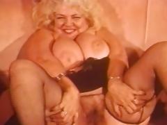 Vintage Fat Blonde Big Tittied MILF Jennie Lee tube porn video