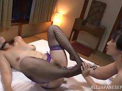 Chisato Shohda sexy Asian babe plays slave in group action tube porn video