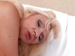 Mature Likes A Facial.2 tube porn video