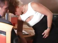 Mature slut in stockings gets her butt nailed tube porn video