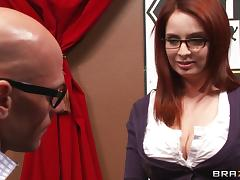 Sizzling Hot Cougar With Long Red Hair Enjoying A Fantastic Missionary Style Fuck tube porn video