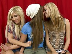 Jessie Rogers Goes Lesbian tube porn video