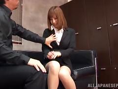 Sex appeal Asian office girl Suzu Tsubaki gets headfuck tube porn video