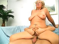 Busty blonde ripe slut with big butt gives amazing blowjob tube porn video