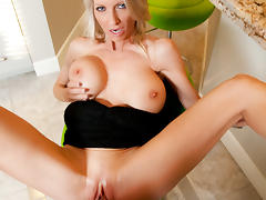 Emma Starr & Tim Cannon in House Wife 1 on 1 tube porn video