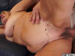Granny Off Duty tube porn video