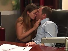 Allie Haze gets her pussy banged remarcably well in an office tube porn video